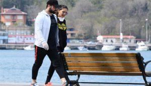 Alp Navruz is caught with his New Girlfriend
